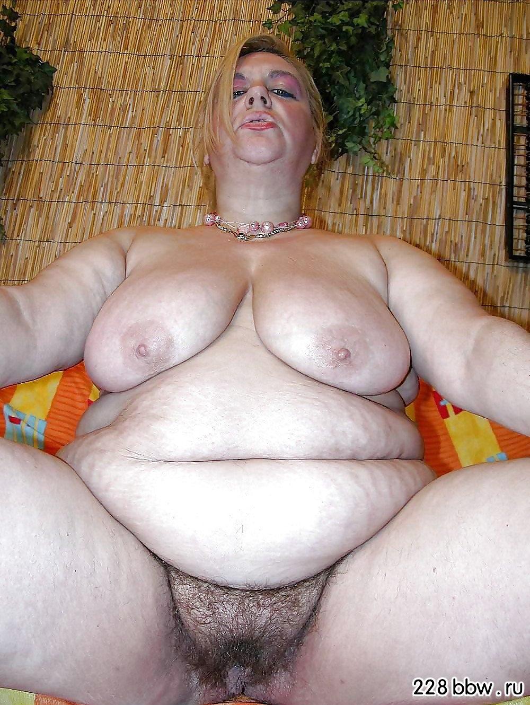картинки больших голых сисек у толстых баб