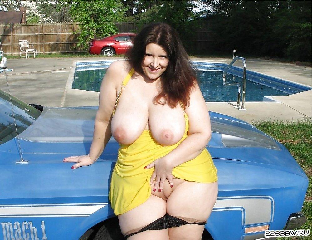 Фото голых девушек и женщин