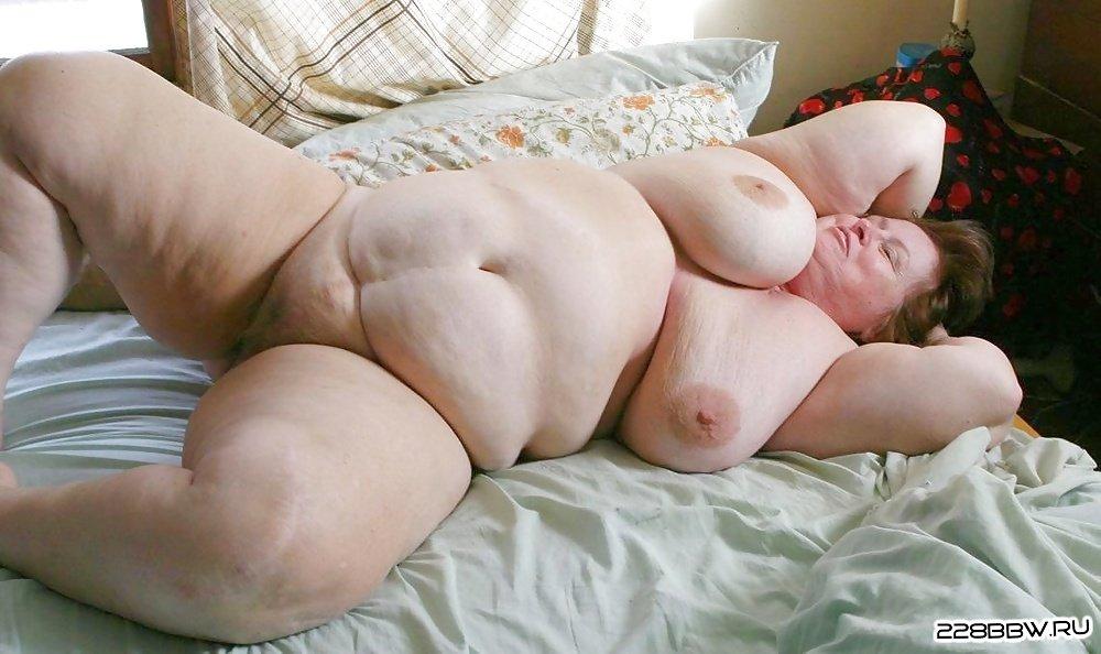 Голые Девушки На Фото С Большими Размерами