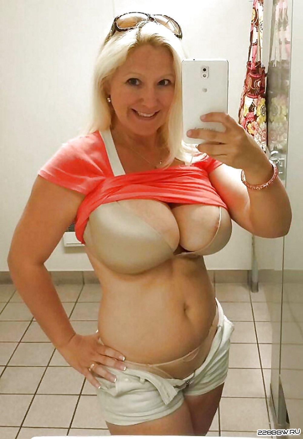 фото мамочек с большими сиськами