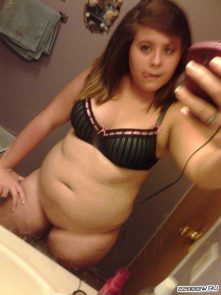 частные голые фото полненьких женщин за 40