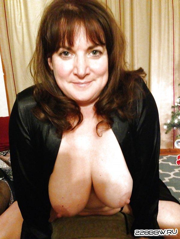 фото женщины красивой приятной бедрами ляжками
