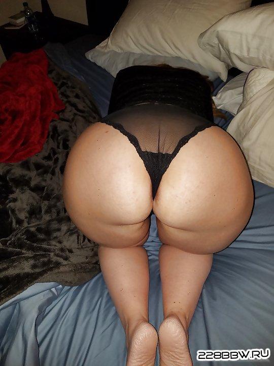 жирная голая толстая на стройке фото